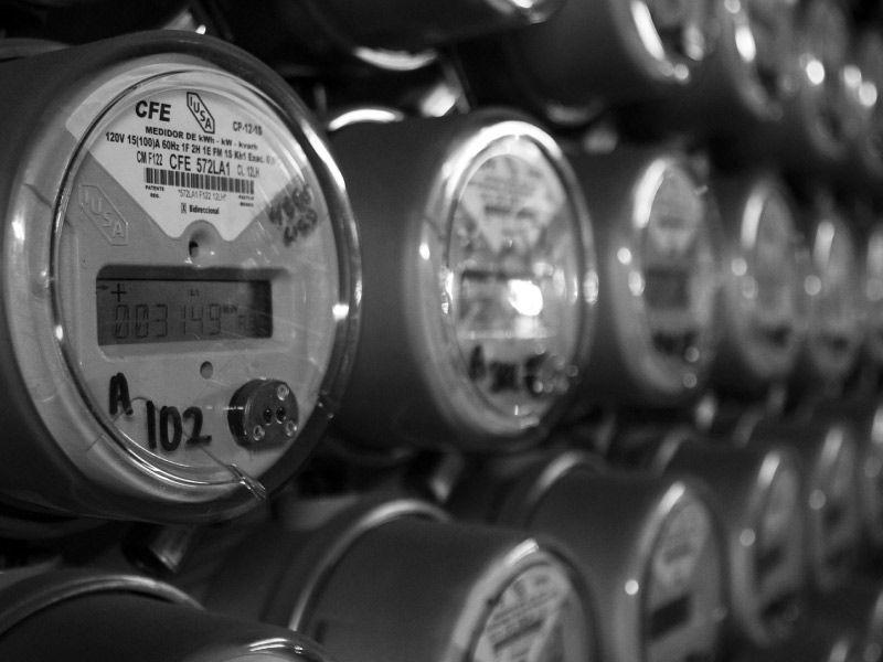 CFE desiste de amparo que limitaba generación de electricidad en hogares